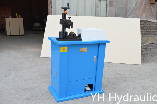 Machine de marquage hydraulique